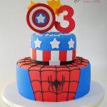 Glace pasteles y postres superheroes